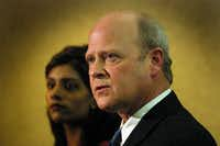 Attorney Brad Lollar (right) and attorney Sindhu Alexander in court on an unrelated case.