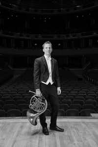 Dallas Symphony Orchestra's principal French horn David Cooper (@Tracy Martin www.tracymartinpho)