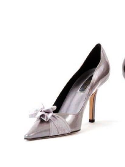 cf540fb8af36c Package thief caught flat-footed trying to return Jimmy Choo shoes ...