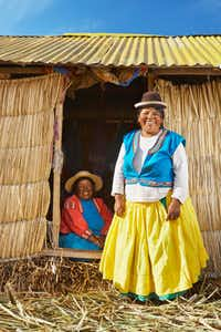 "Two women in traditional Peruvian dress offer a smile of greeting.<p><span style=""font-size: 1em; background-color: transparent;"">Richard James Taylor</span><br></p><p></p>"