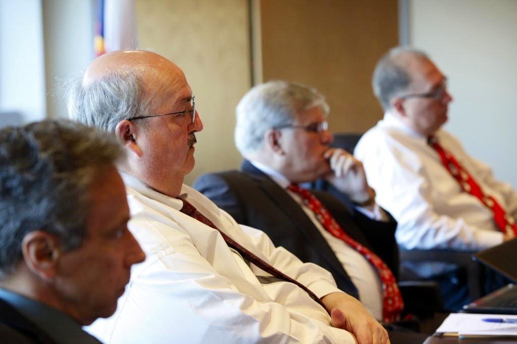 Dallas Mayor Mike Rawlings Asks Texas Rangers To