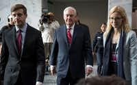 Trump's pick of Exxon Mobil CEO Rex Tillerson for Secretary of State has further highlighted his administration's coziness to the oil and gas industry. (Doug Mills/The New York Times)