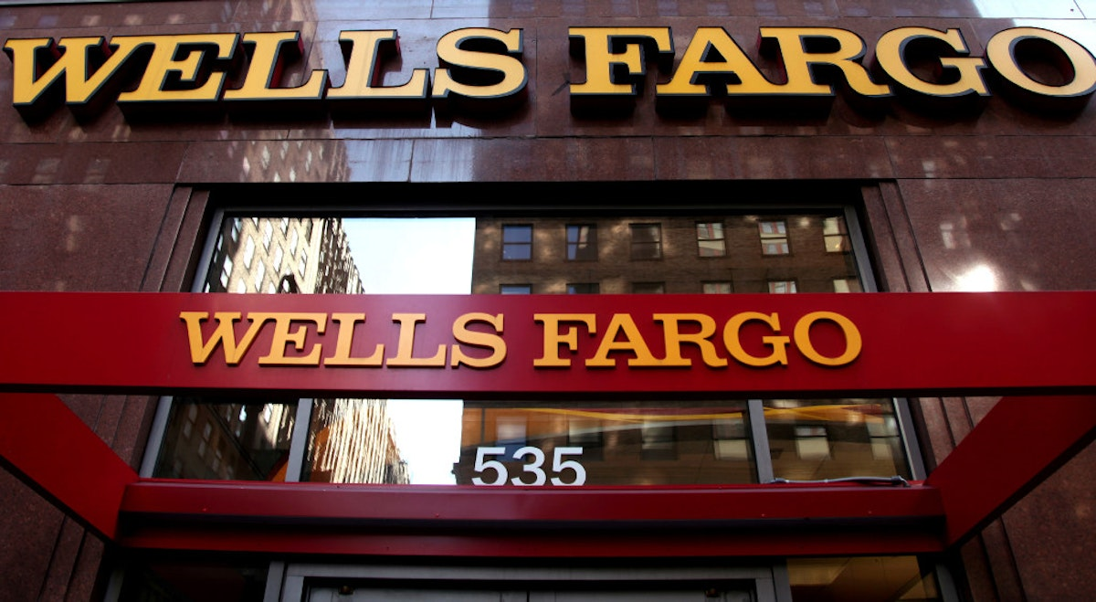 Wells Fargo overhauls teller pay, ties incentives to how often ...