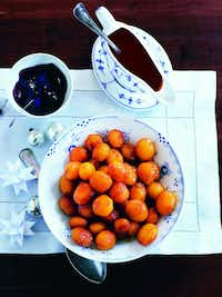 "Caramel Potatoes from ""Scandinavian Comfort Food: Embracing the Art of Hygge"" (Quadrille Publishing, distributed by Chronicle Books; October 25, 2016) by Trine Hahnemann. ((Chronicle Books))"