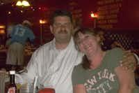 Jonathan Murphy and his wife, Aimee((GoFundMe))