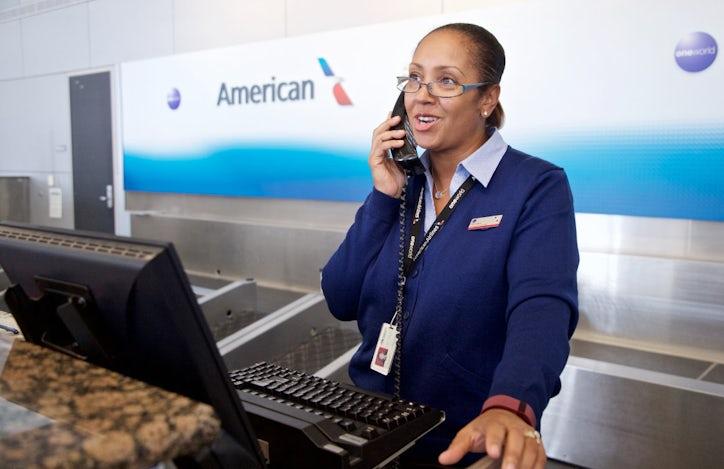 American Airlines Flight Attendants File 2 600 Complaints
