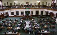 <p>Hundreds of people arrived at the Texas Capitol on Thursday for a hearing in the Texas Senate State Affairs Committee on a bill to ban so-called sanctuary cities.</p>((Kelly West/Austin American-Statesman))