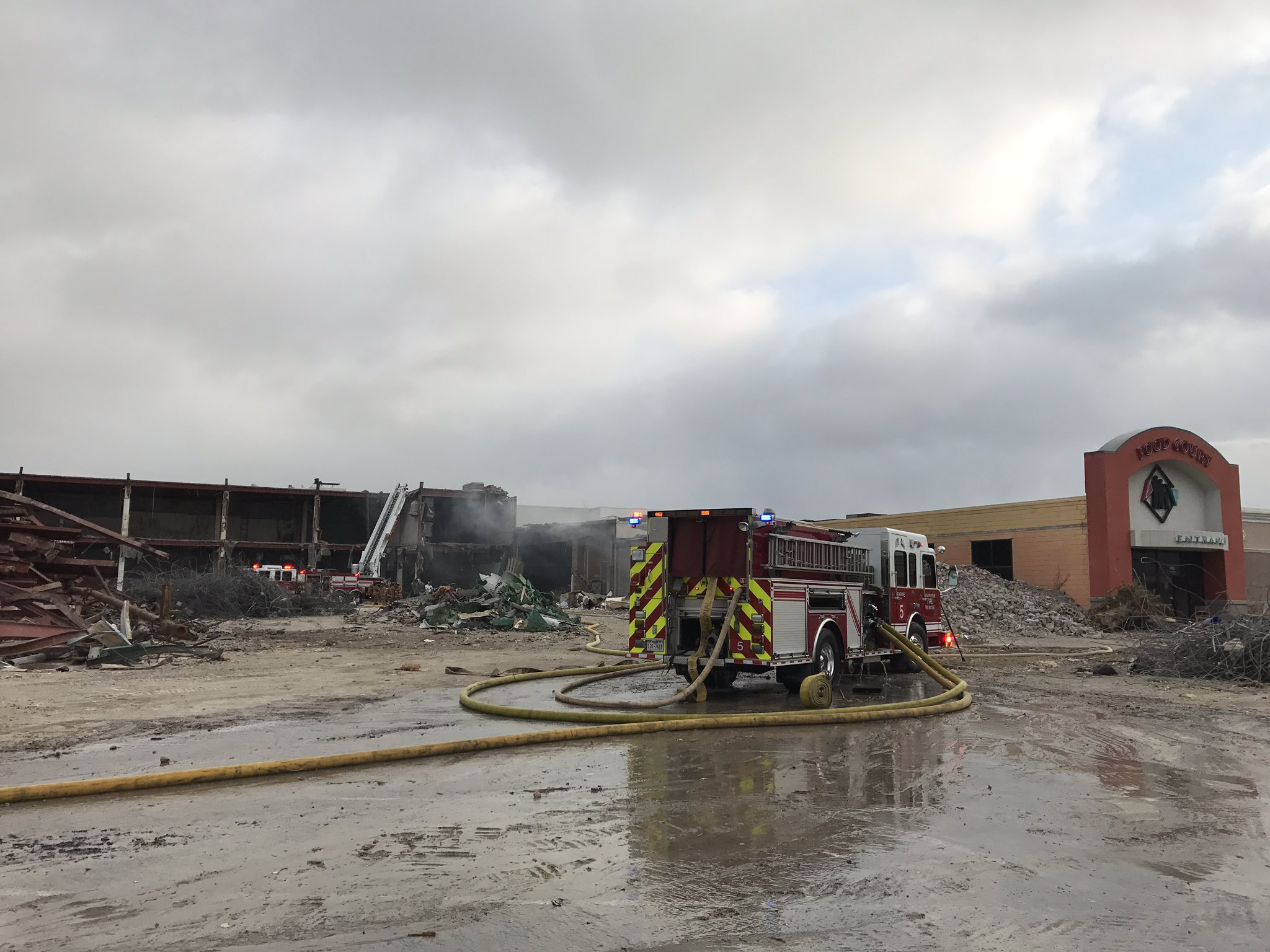 Arlington Firefighters Control Blaze At Former Six Flags Mall