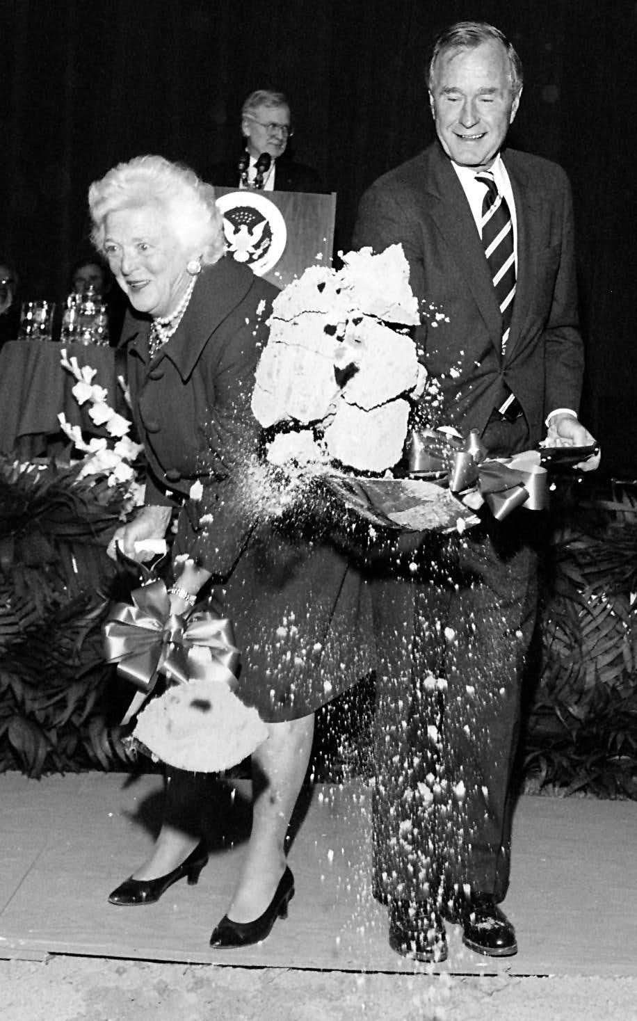 George H W Bush A Life In Photos Photos Dallas News
