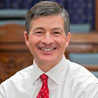 Congressman Jeb Hensarling, R-Dallas, is quite the leader. He leads the House Financial Services Committee. He leads the fight to rip apart the U.S. Consumer Financial Protection Bureau. And he's the #1 recipient in Congress of big buck campaign donations from Wall Street/bank/financial services donors.