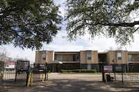 Mayan Palms Apartments at 7526 Hunnicut Road in Dallas seen on Tuesday, Jan. 5, 2016. Family Gateway provides housing at this apartment complex as part of its Family Gateway Permanent Supportive Housing Program. (Smiley N. Pool/The Dallas Morning News)(Smiley N. Pool/Staff Photographer)