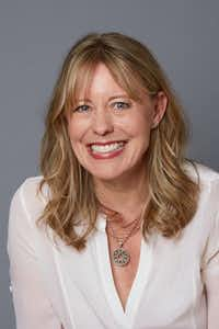 "Amy Poeppel, author of<i> Small Admissions&nbsp;</i>(<p><span style=""font-size: 1em; background-color: transparent;"">George Baier</span><br></p><p></p>)"