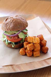 Start Restaurant features a Veggie-Bean-Quinoa Burger(Special Contributor)