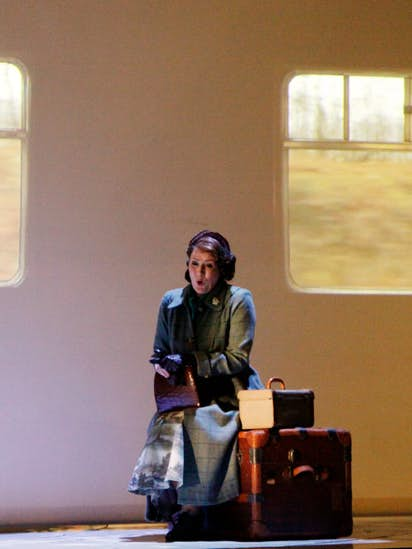 Benjamin Britten's creepy 'Turn of the Screw' comes to the