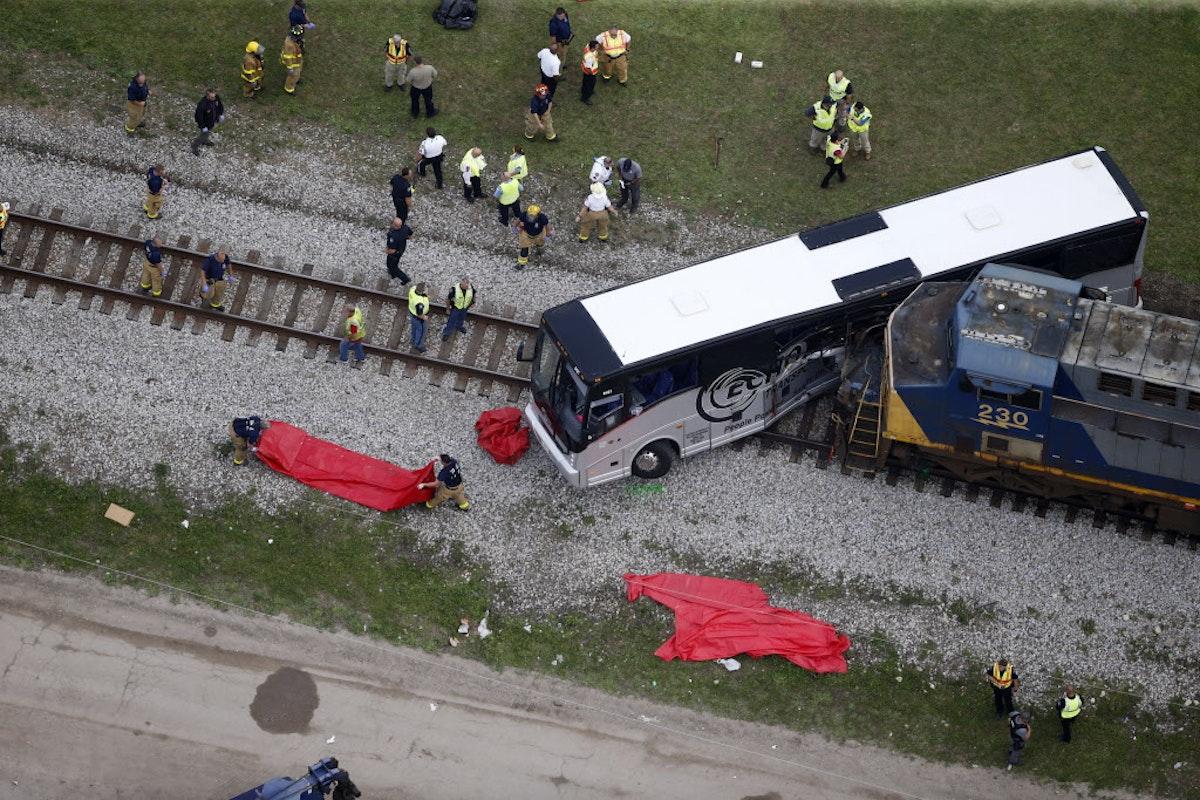 Families sue over fatal crash; officials say Mississippi ...