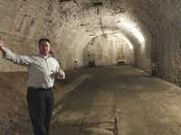 "A guide with American Legacy Tours explains the underground cooling and storage system used more than 160 years ago by Cincinnati's beer makers in the Over the Rhine neighborhood.(<p><span style=""font-size: 1em; background-color: transparent;"">Diana Lambdin Meyer</span></p>)"