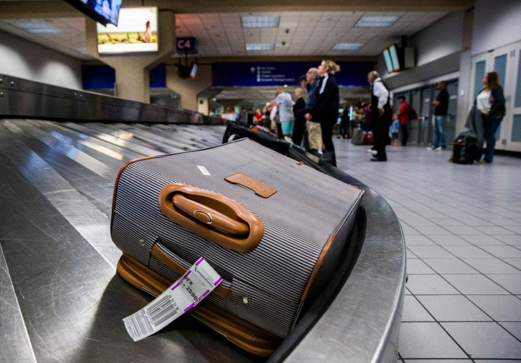 att delta baggage
