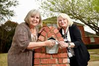 Mary Sarao, left, and Barbara Pitts, are shown next to Barbara's mailbox outside her home in Plano.(Ben Torres/Special Contributor)