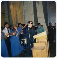 Jim Jones preaching, unknown location or date(Simon & Schuster)