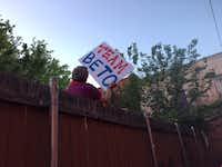 A supporter gets a bird's-eye view of Beto O'Rourks's speech in Dallas.((Gromer Jeffers Jr./Staff))