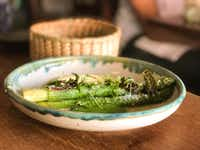"<p>Asparagus with hollandaise sauce and English pea <span style=""font-size: 1em; background-color: transparent;"">purée </span><span style=""font-size: 1em; background-color: transparent;"">at Maximo Bistrot in Mexico City. (Leslie Brenner/Staff)</span></p>"