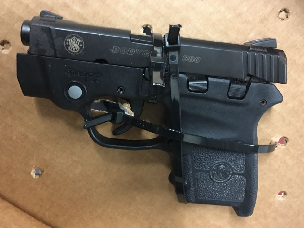 Pilot charged after loaded gun found by baggage screeners
