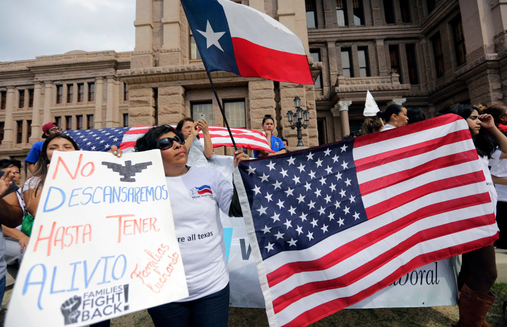 Texas House OKs 'sanctuary city' ban with tough jail penalty