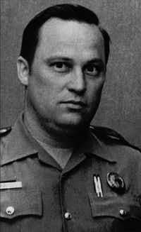 <p></p><p></p><p>A 1985 file photo of Department of Public Safety Trooper Bill Davidson, 43, who died after being shot during a traffic stop in Jackson County. (Associated Press)</p><br><p></p><p></p>