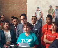 Dinorah Sierra, a Mexican immigrant, thanks faith and political organizations for defending unauthorized immigrants at a news conference at the Latino Center for Leadership Development in Dallas.(Dianne Solis/Staff)