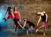 Elledanceworks in artistic director Ronelle Eddings' <i>Happy People</i> during the company's 2005-06 season.(Brian Guillaux)