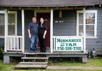<i>Normangee Star</i> owners and editors Chris and Sylvia Moss produce a weekly paper from a house adjacent to their home.(Tom Fox/Staff Photographer)