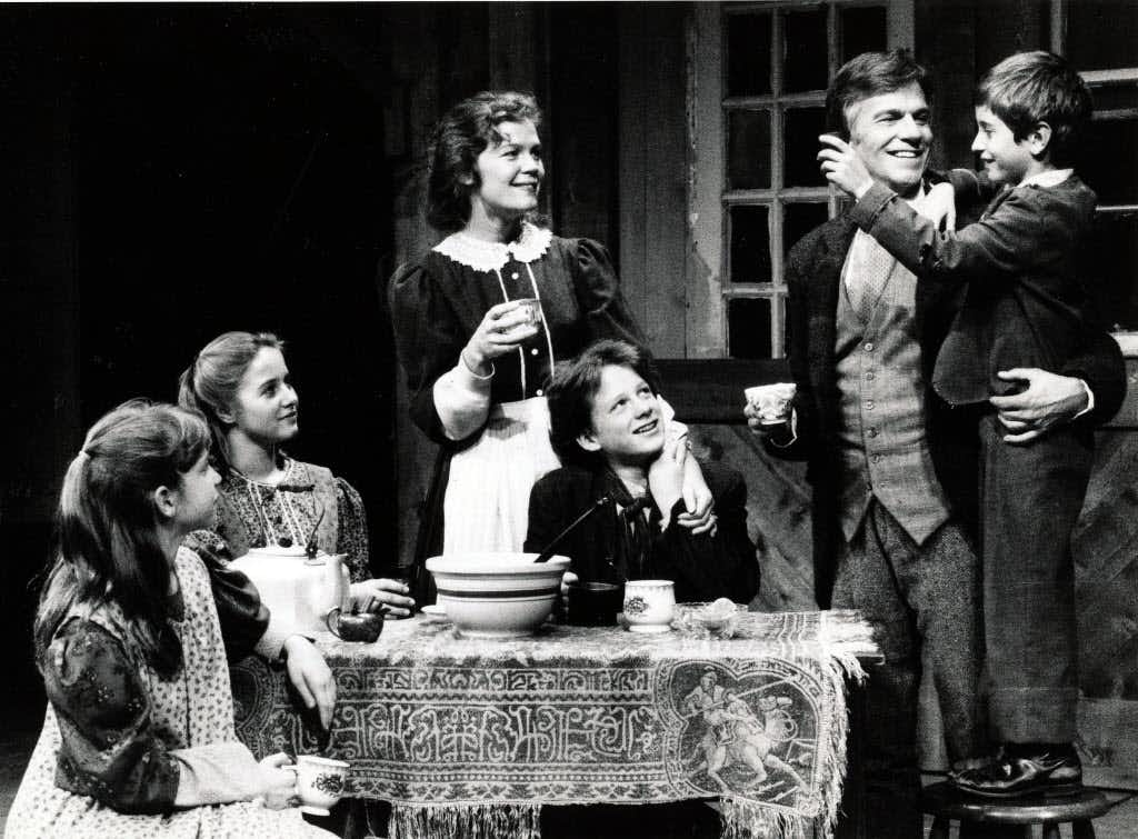 Dallas Theater Center's production of <i>A Christmas Carol</i> in 1985.(1985 File Photo/DMN)
