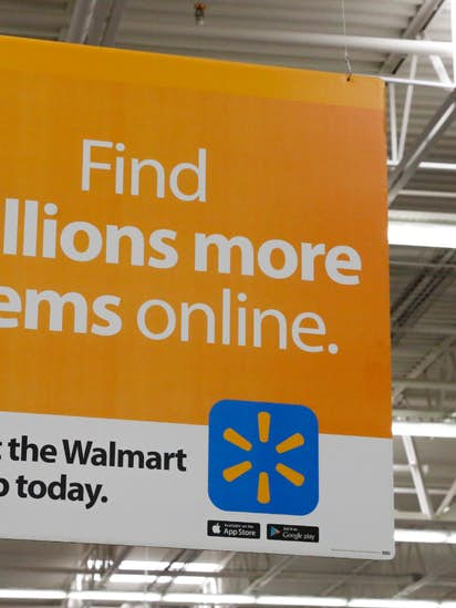 Wal Mart Employees Are Making Online Deliveries On Their Way Home