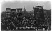 The 1st of May celebration at Dvortsovyĭ Square, Petrograd, in 1917, the year of the Russian Revolution.(Library of Congress)