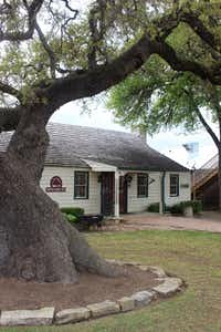 Copper Shade Tree art gallery in Round Top(Coryanne Ettiene/Special Contributor)
