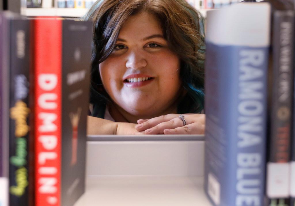 Author Julie Murphy Talks About Dumplin Now On Netflix And Her Struggles Growing Up