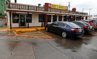 <p>The original Dickey's Barbecue Pit has been on the corner of North Central Expressway and Henderson Avenue for 76 years.</p>(Ron Baselice/Staff Photographer)