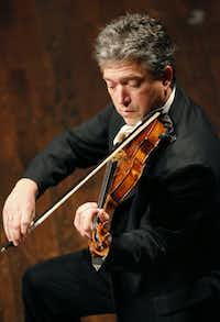 Curt Thompson played the violin with the Mimir Chamber Music Festival Concert at PepsiCo Recital Hall in Fort Worth in 2015. (Nathan Hunsinger/Staff Photographer)