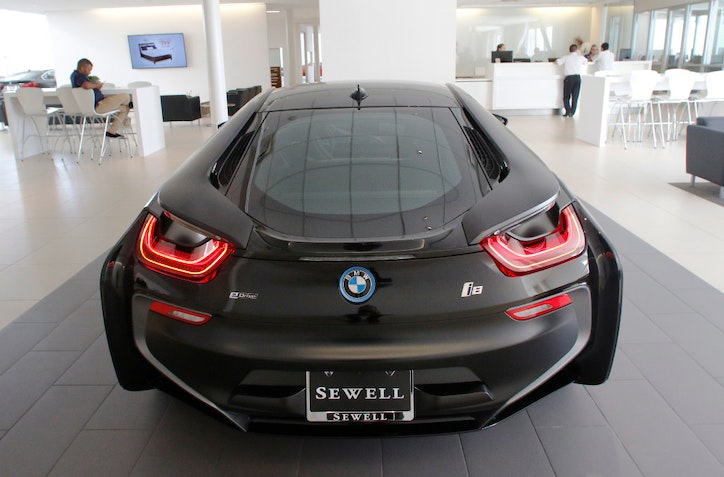 Carl Sewell Places Bet On Texas Market With Huge New Bmw Dealership