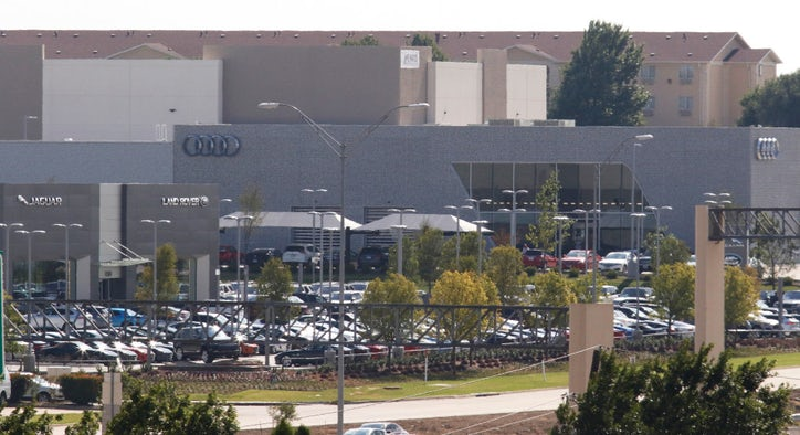 Sewell BMW Grapevine >> Carl Sewell places bet on Texas market with huge new BMW dealership in Grapevine | Autos ...