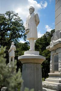 Jefferson Davis is part of the Confederate Memorial at Pioneer Park in downtown Dallas. (Tom Fox/Staff Photographer)