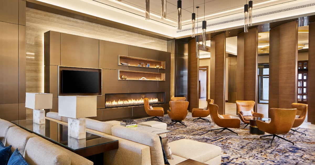 Jerry jones becomes innkeeper as omni frisco opens at for Best private dining rooms dallas