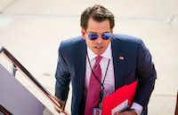 Anthony Scaramucci, the formerly appointed White House communications director, boards Air Force One at Joint Base Andrews in Maryland.(2017 File Photo/The New York Times)