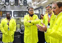 U.S Secretary of Energy Rick Perry, second from left, learns about capabilities at the Los Alamos National Laboratory's Plutonium Facility. (Los Alamos National Laboratory)