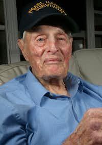 Pear Harbor survivor John E. Lowe at his son's house in Arlington in 2016.(Jae S. Lee/Staff Photographer)
