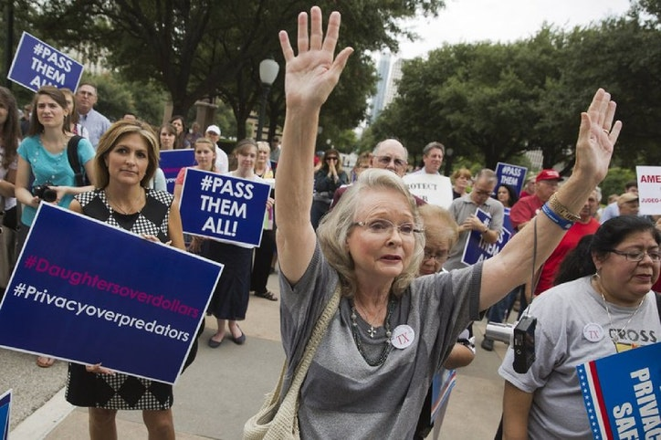 The Texas Bathroom Bill Is Dead For Now Texas Legislature