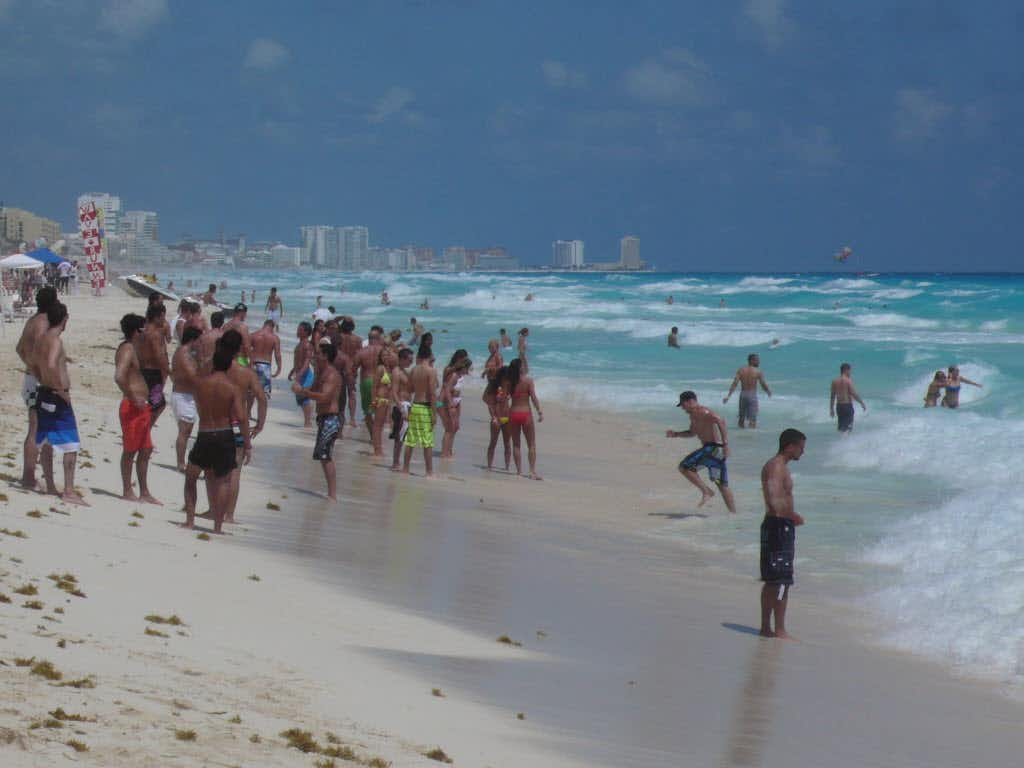 Cancun, the top destination in Mexico for American tourists, particularly Texans, is listed in the latest U.S. State Department travel warning.(Alfredo Corchado/The Dallas Morning News)