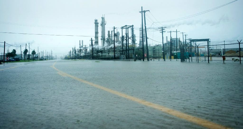 Harvey Forces Major Texas Refineries To Shut Down Raising - Weather brownsville tx