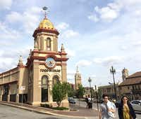 Country Club Plaza, a large outdoor mall developed with Spanish- and Moorish-style architecture, has a European feel. (Sheryl Jean/Special Contributor)