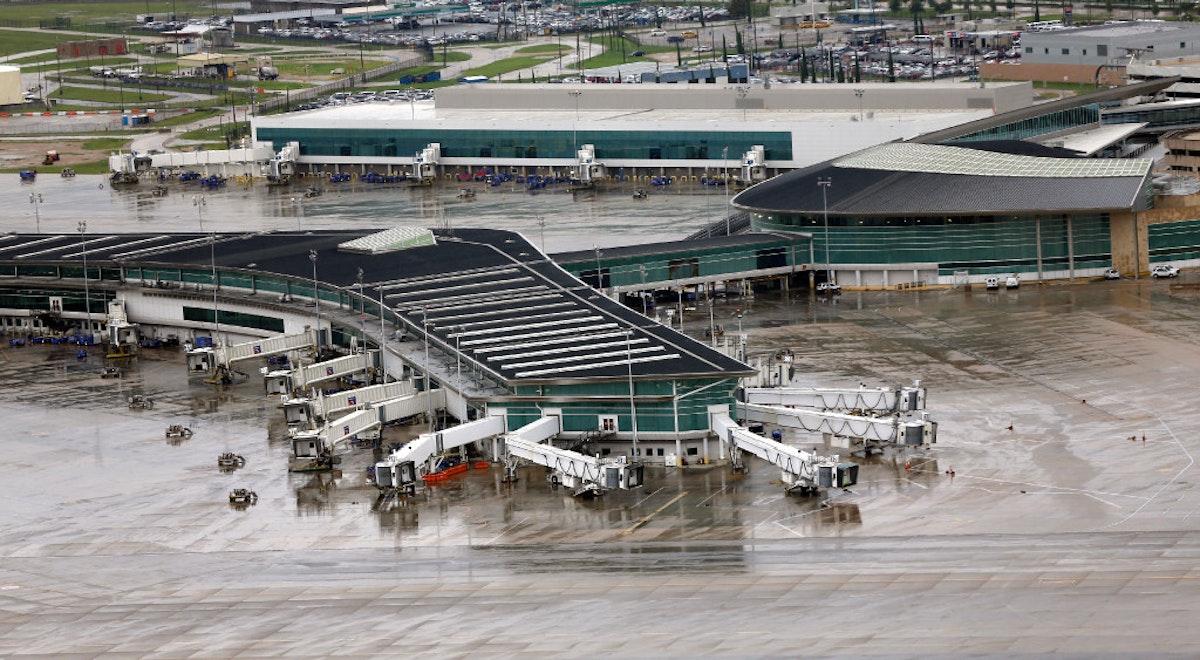 southwest airlines urges pilots to conserve fuel as